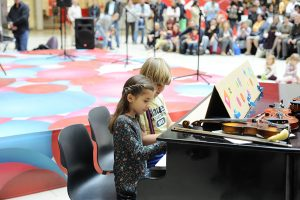 spring-concert-bulgaria-mall (7)