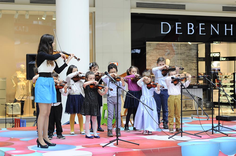 spring-concert-bulgaria-mall (1)